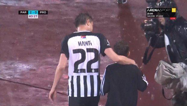 Suze na terenu, ali i tribinama: Trenutak kada se Saša Ilić oprostio od fudbala