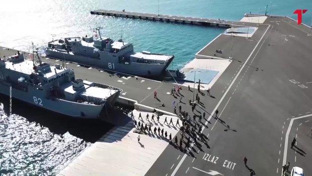 """""""Vojska Kosova"""" se iskrcala u Zadru"""