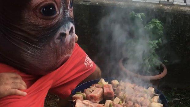 Roštiljdžija pronašao fenomenalan način kako da u trenu ohladi meso
