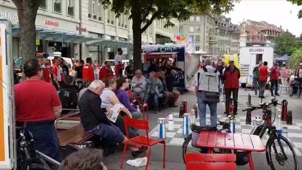 Delije zauzele centar Berna, grme Zvezdine pesme u Švajcarskoj