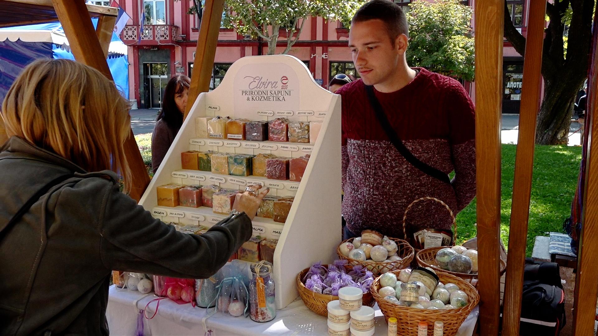 Mladi iz ovog srpskog grada sve ređe odlaze, pokreću svoje biznise i lepo zarađuju